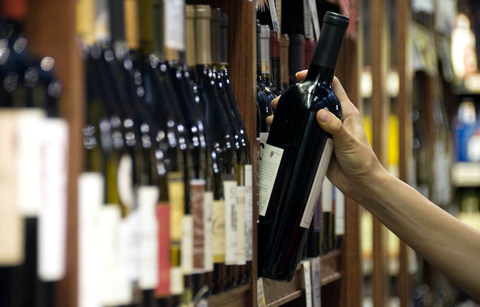 Les heures d'autorisation de la vente d'alcool ne devraient pas être élargies, selon les recommandations du directeur national de la santé publique.