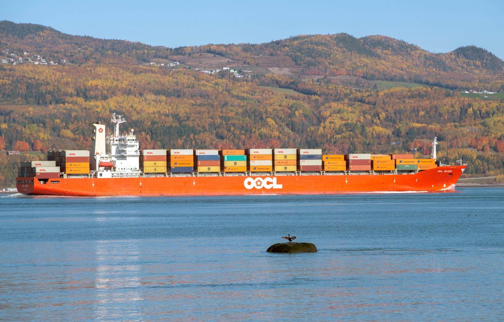 La marine commerciale représente 80% du transport international de marchandises.