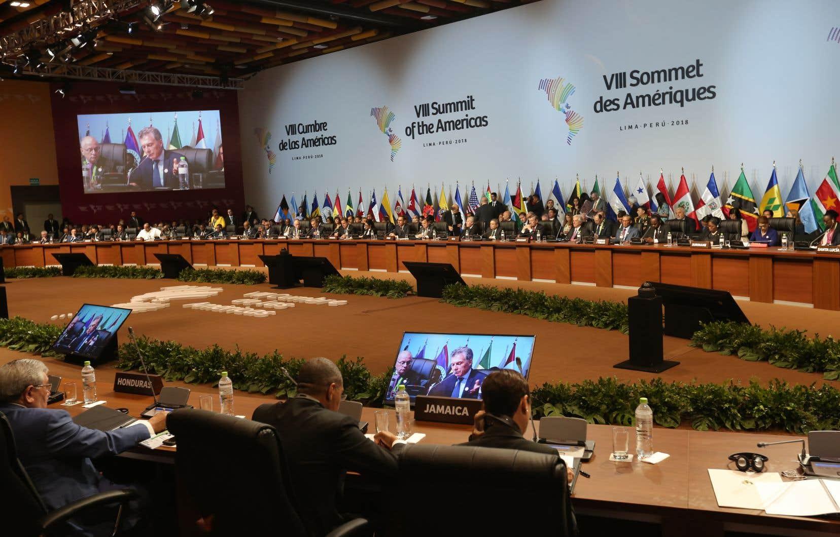 Une majorité des 33 pays du Sommet des Amériques ont soutenu les frappes occidentales en Syrie mais ils se sont divisés sur le Venezuela.