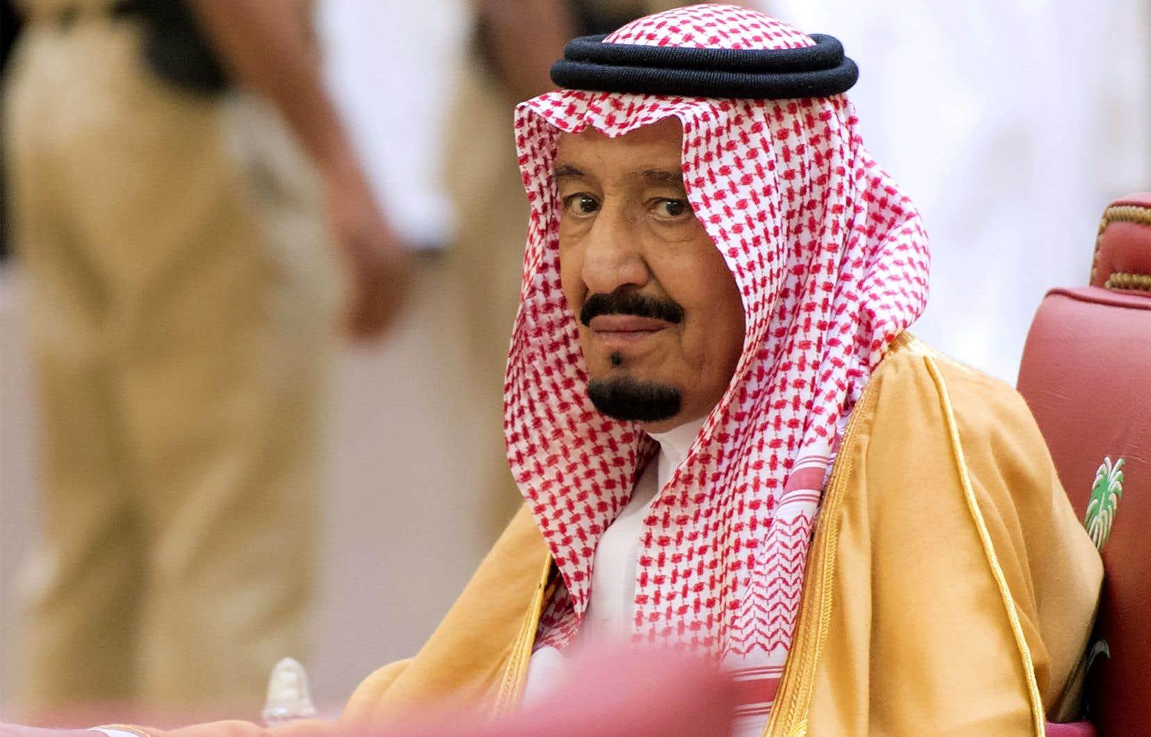 «L'Arabie saoudite annonce un don de 150 millions de dollars pour soutenir l'administration des biens islamiques de Jérusalem», a annoncé le roi Salmane.