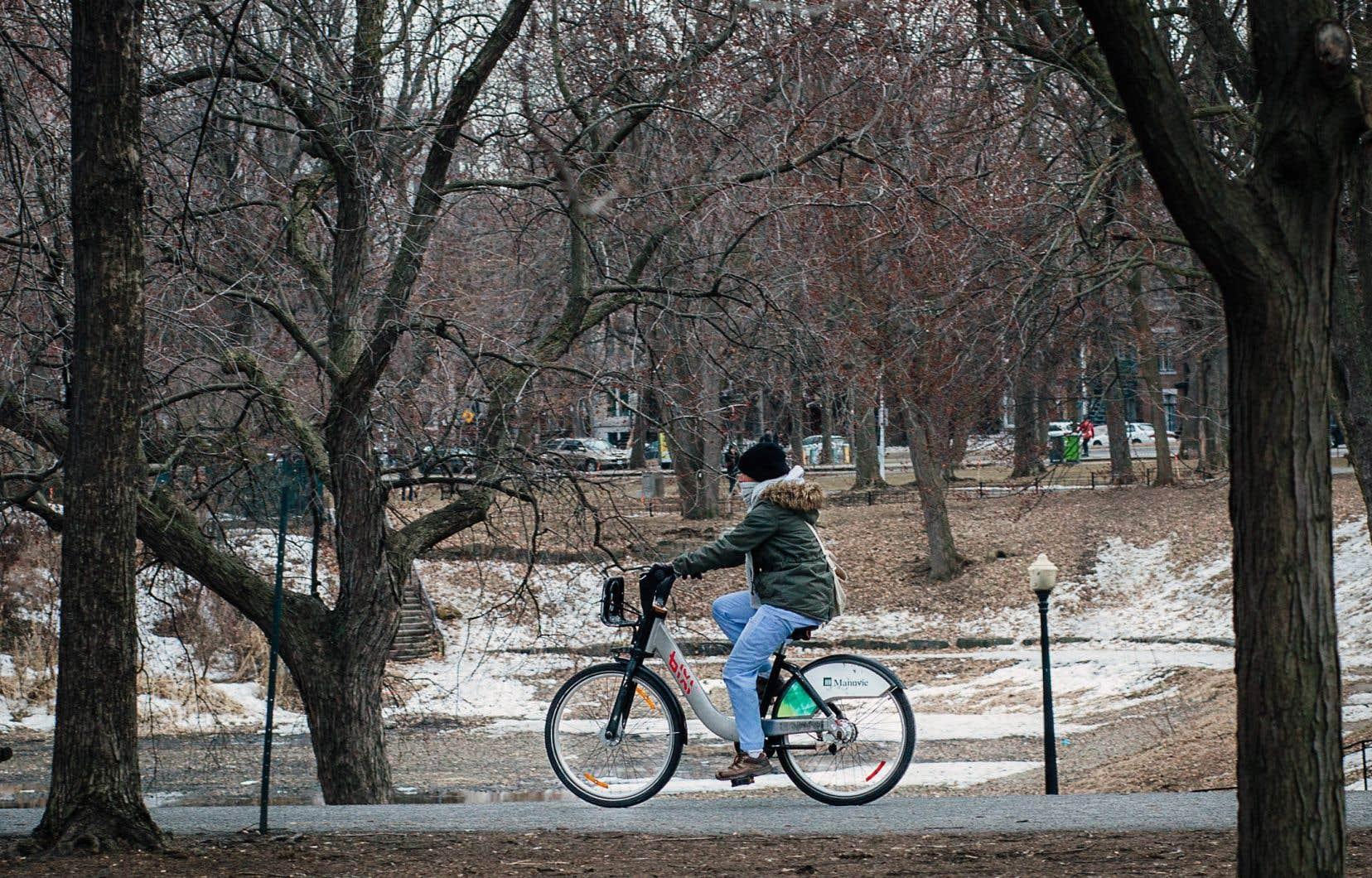Selon les chiffres de l'OBNL chargé de la gestion de BIXI, 258000 personnes ont utilisé les vélos en libre-service en 2017, contre 234559 personnes en 2016.