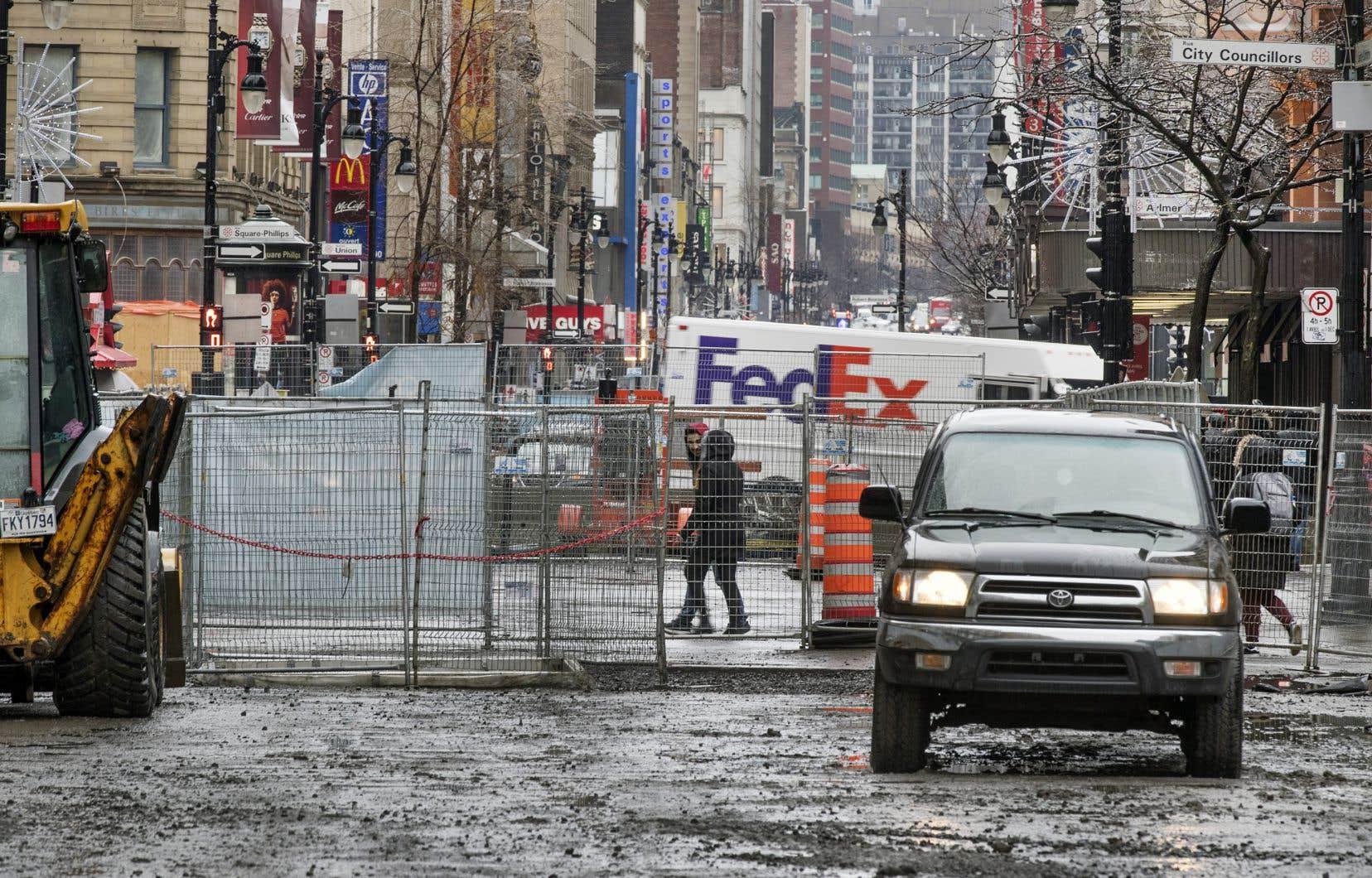 De grands chantiers de voirie seront lancés ou poursuivis en 2018, notamment celui de la rue Sainte-Catherine Ouest.