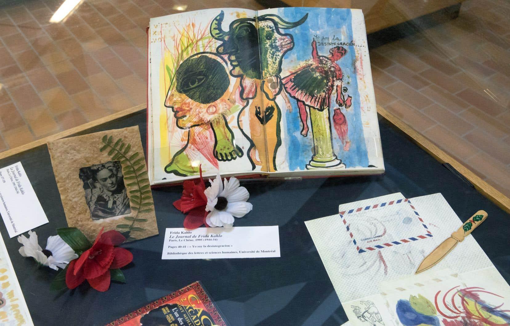 Le «Journal de Frida Kahlo» (au centre) comporte à la fois du texte et des illustrations de la main de la célèbre artiste mexicaine.