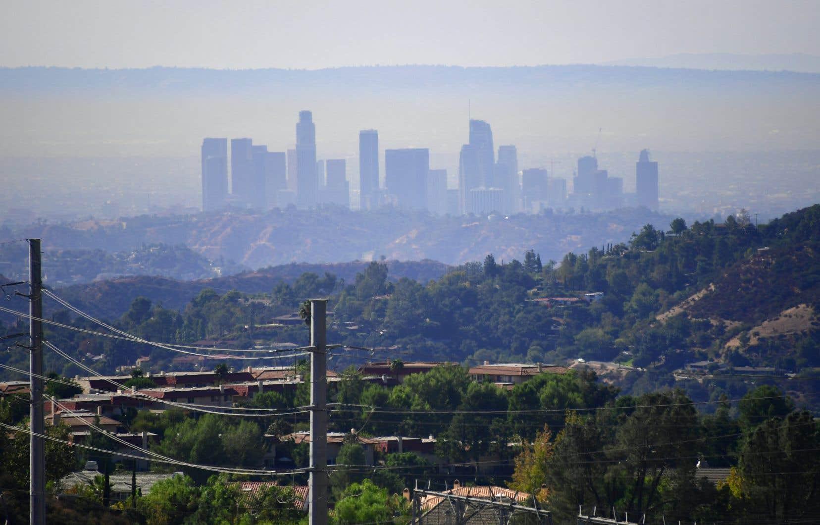 Un nuage de pollution sur Los Angeles, en octobre dernier. La ville reste la plus polluée à l'ozone des États-Unis.