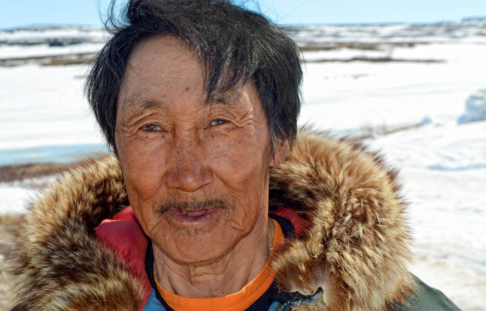 Markoosie Patsauq a passé sa jeunesse à vivre en nomade.