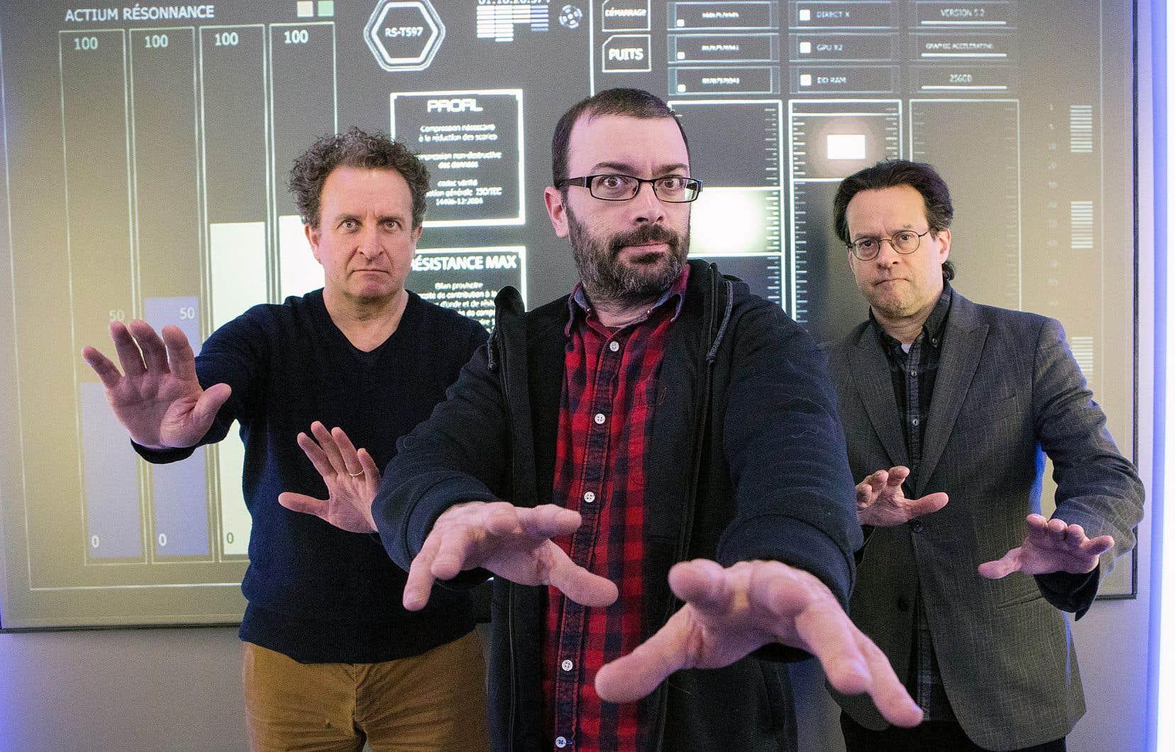 Daniel Brière, Christian Vanasse et Alexis Martin craignaient certaines propositions des spectateurs. Au moment de l'entrevue, ils n'avaient pas encore reçu la compilation des répliques des internautes à intégrer durant le spectacle.
