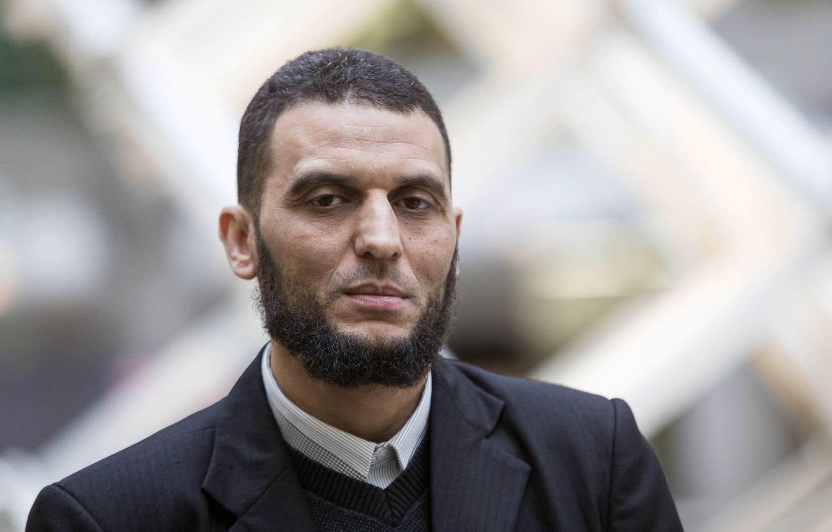 L'un des survivants de la tragédie, Ibrahim Bekkari Sbai, a souligné à quel point l'arrêt de travail qu'il a dû faire au lendemain de la tragédie lui a fait mal.