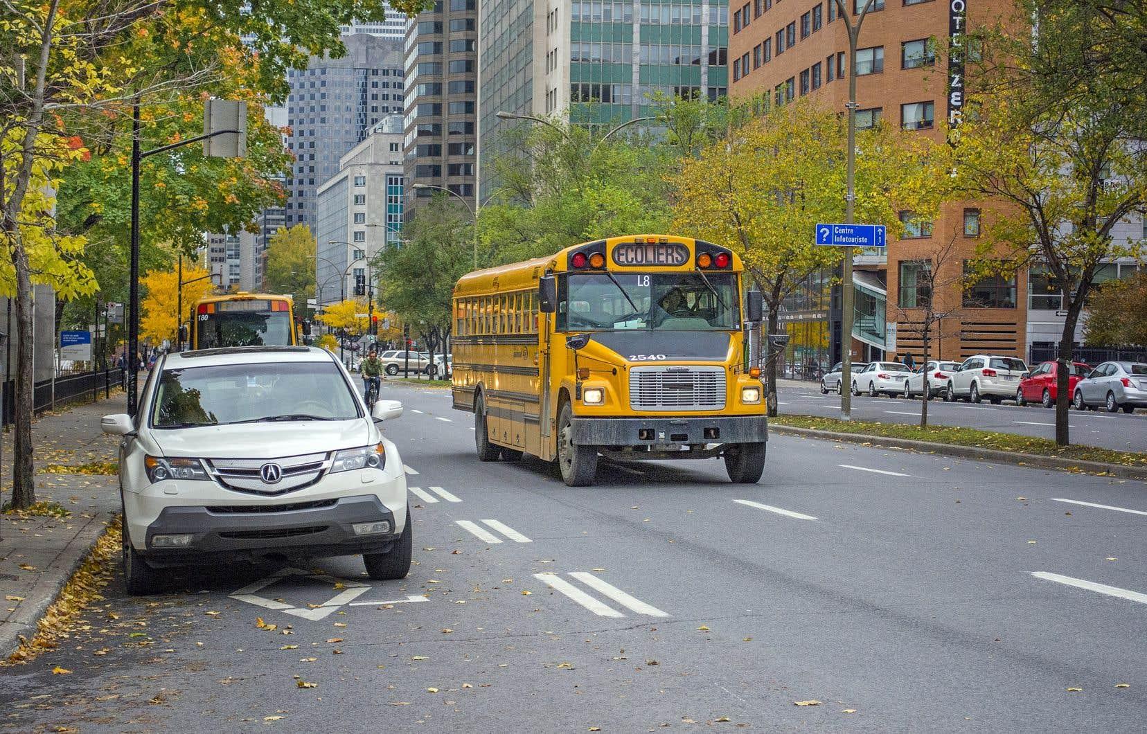 La grève des chauffeurs d'autobus touche des élèves habitant l'ouest de l'île.