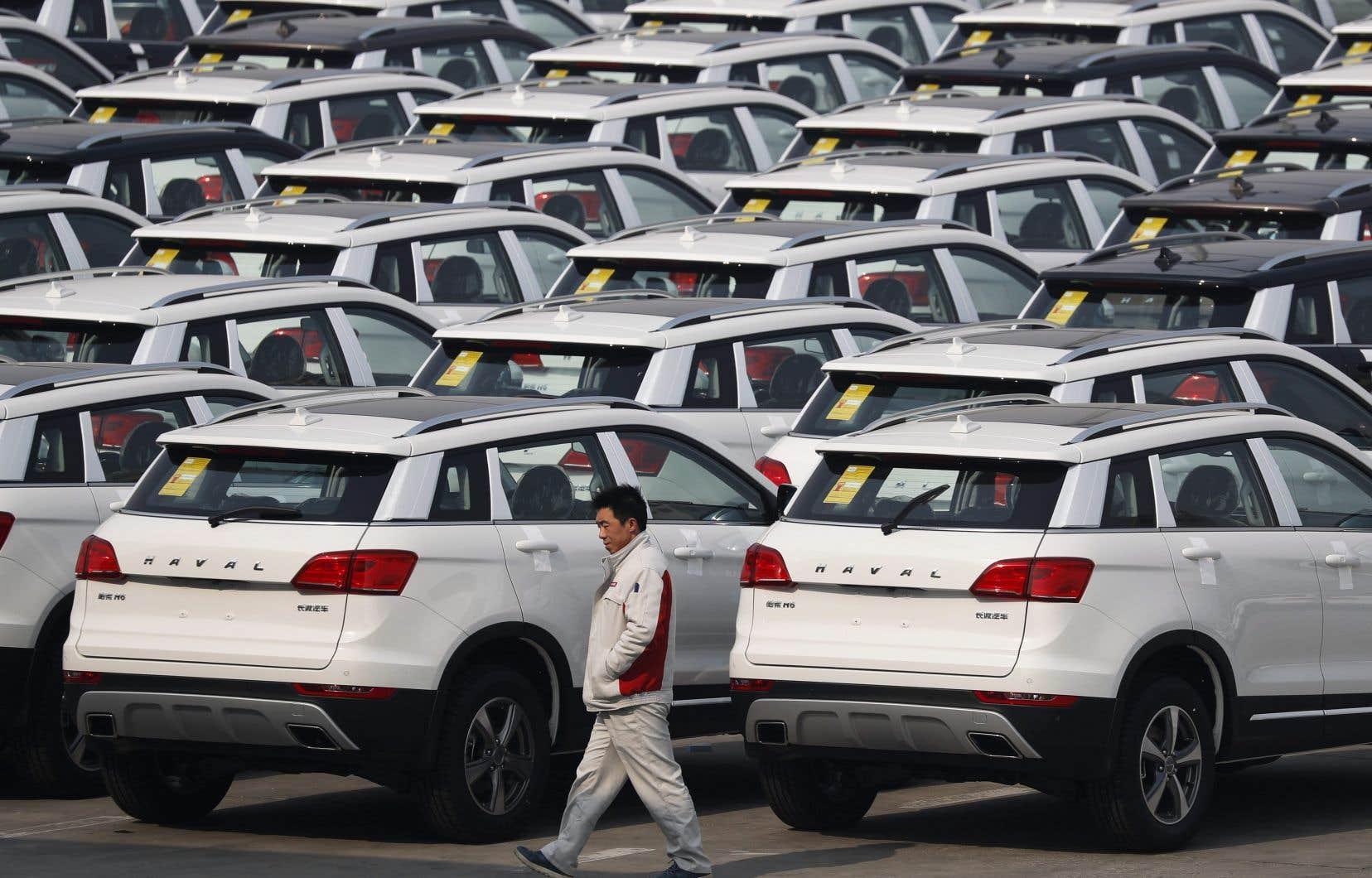 En refusant de taxer adéquatement l'usage de l'automobile, l'État mine d'avance tout espoir de changement de comportement, se désole l'auteur.