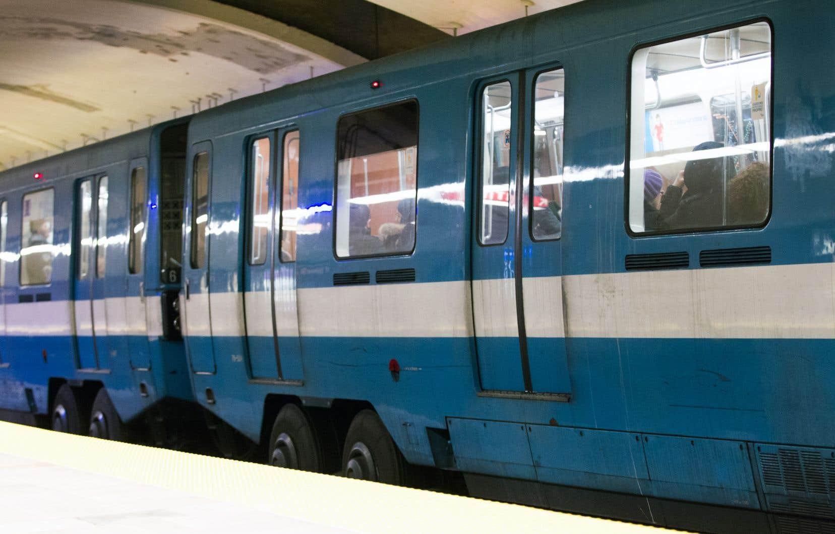 La Société de transport de Montréal avait décidé, en 2014, de reporter le remplacement de ses 423 voitures MR-73 pour prolonger de vingt ans leur durée de vie.