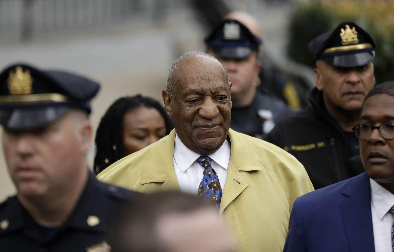 L'acteur Bill Cosby est accusé d'avoir agressé sexuellement l'ancienne basketteuse professionnelle Andrea Constand à son domicile en janvier 2004, après lui avoir fait avaler un puissant sédatif.