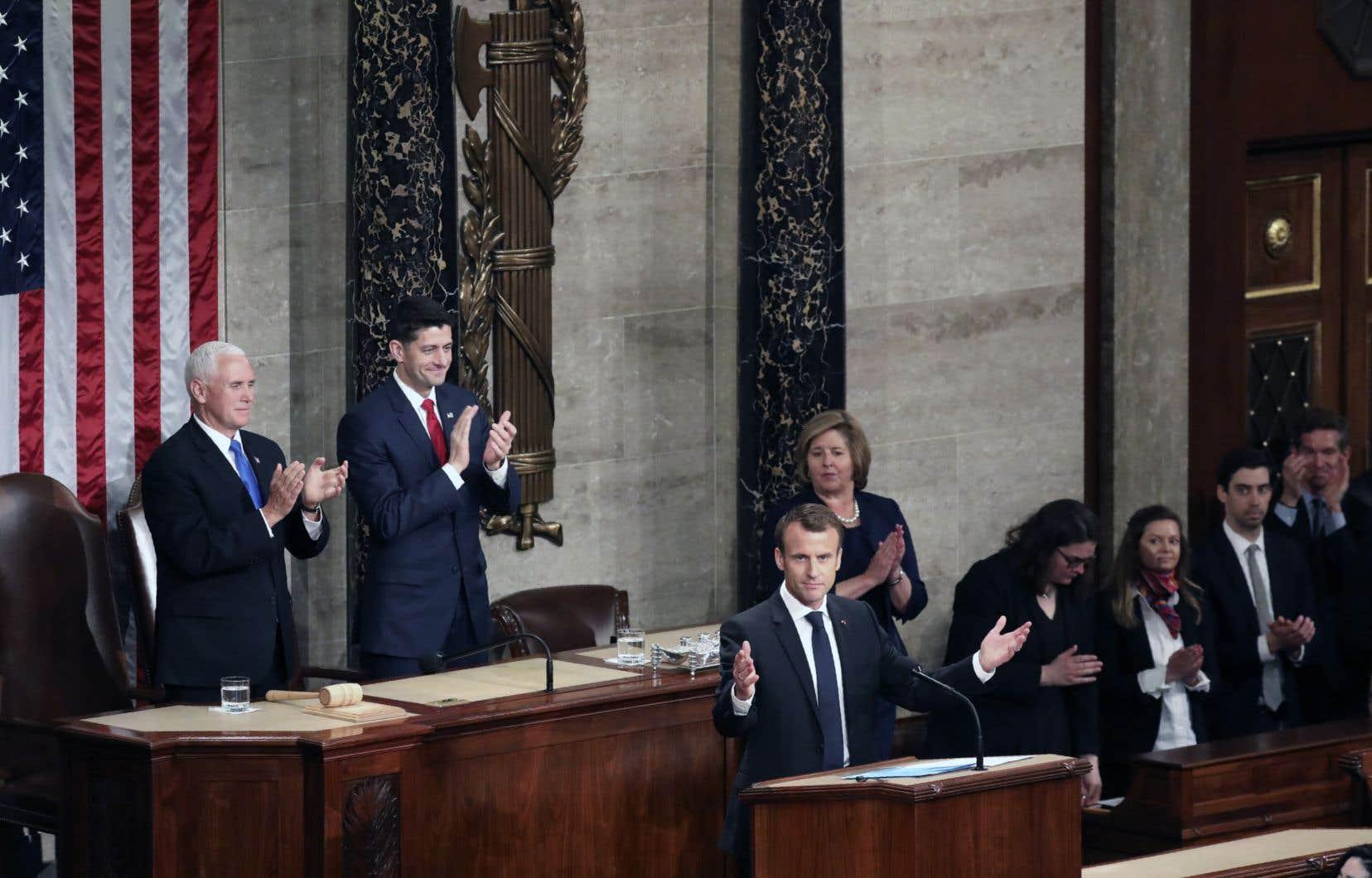 Suivant la tradition, les ovations ont émaillé le discours du président français, Emmanuel Macron.