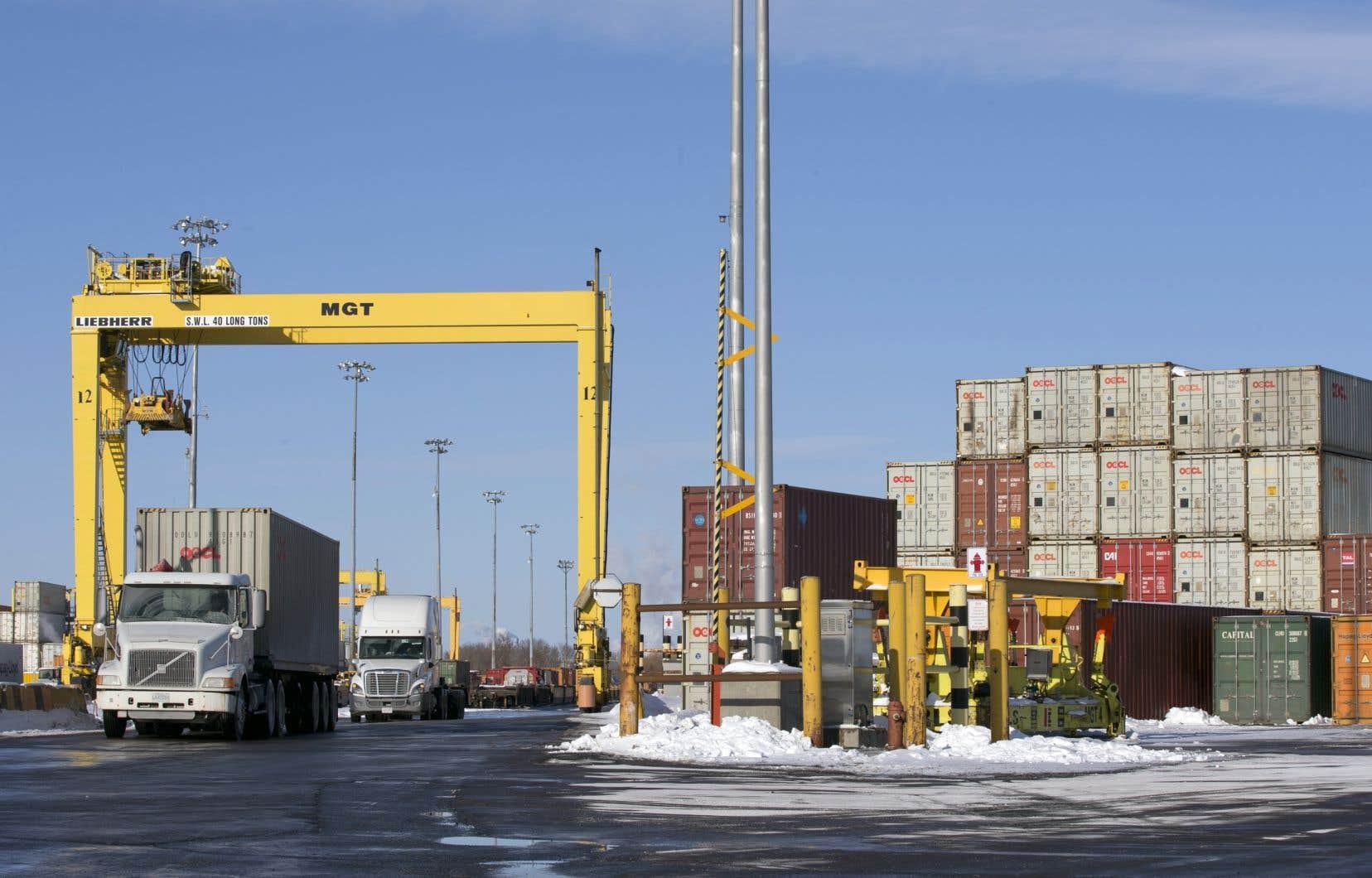 Les exportations du Québec ont augmenté de 3,9% en février, après avoir reculé de 15,6% en janvier.