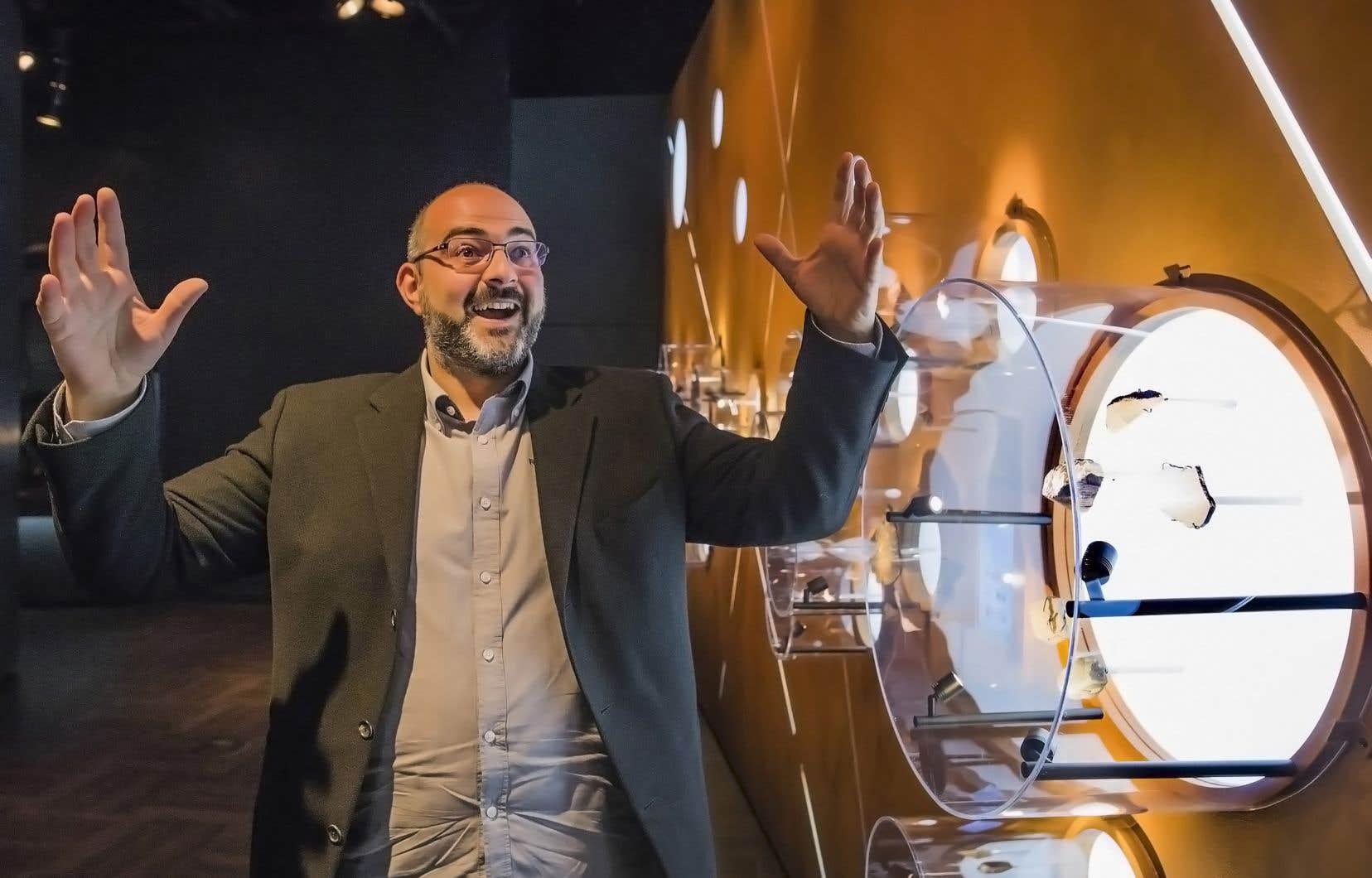 L'astrophysicien montréalais d'origine marseillaise a passé près de dix ans à l'Observatoire du Mont-Mégantic, comme directeur de projets d'abord, puis comme directeur des opérations.