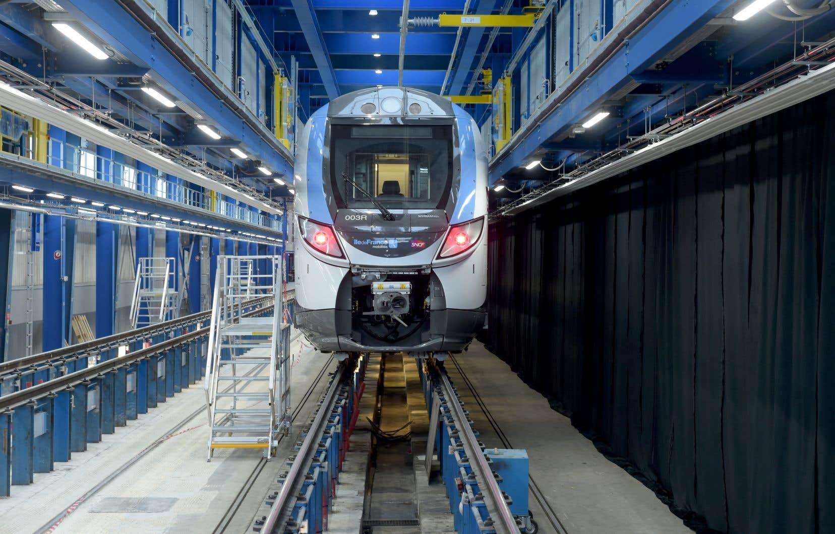La coentreprise ayant fait l'objet du raid policier est formée par Bombardier Transport et la compagnie publique des chemins de fer de Russie.