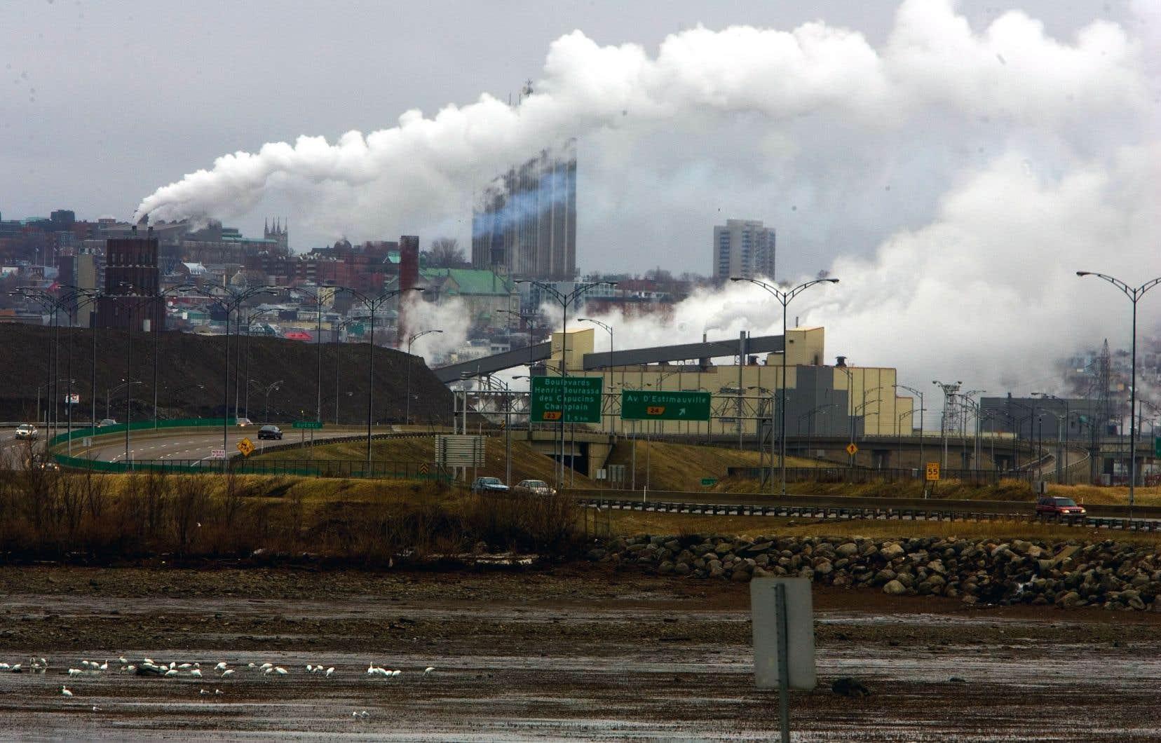 Le Québec et l'Ontario ont adhéré à un système de plafonnement et d'échanges de droits d'émissions — la bourse du carbone.
