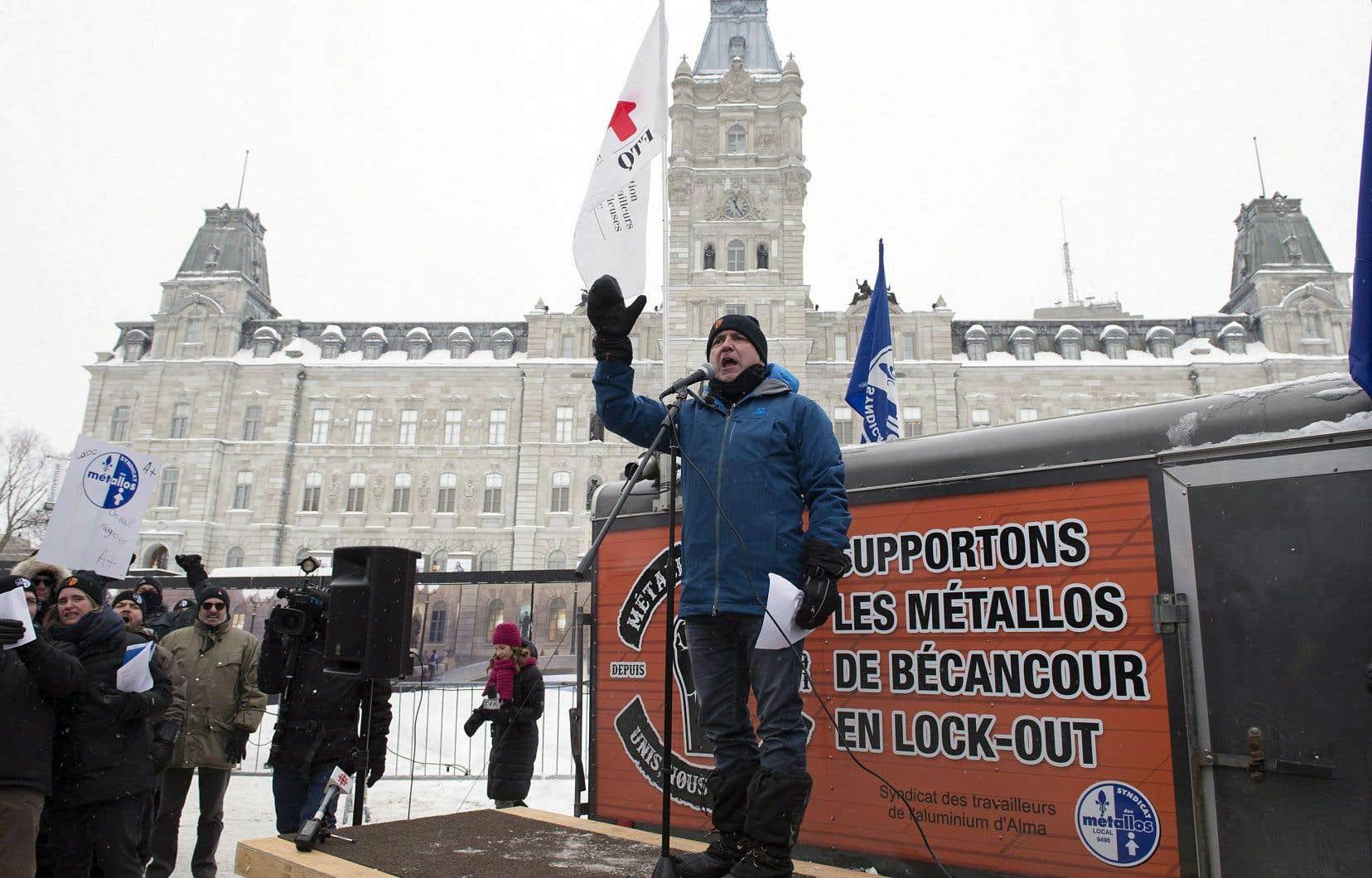 Clément Masse, président du syndicat des travailleurs d'ABI, lors d'une manifestation en février dernier à Québec