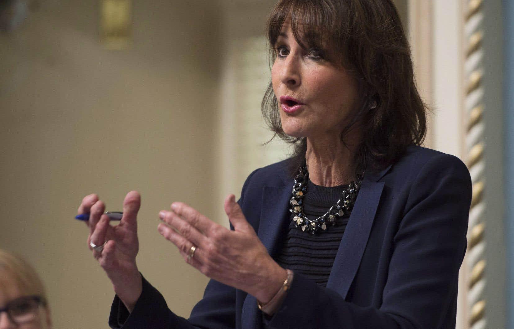 Kathleen Weil a réitéré mercredi matin sa promesse de déposer un projet de loi modernisant la loi sur l'accès «très, très, très prochainement».