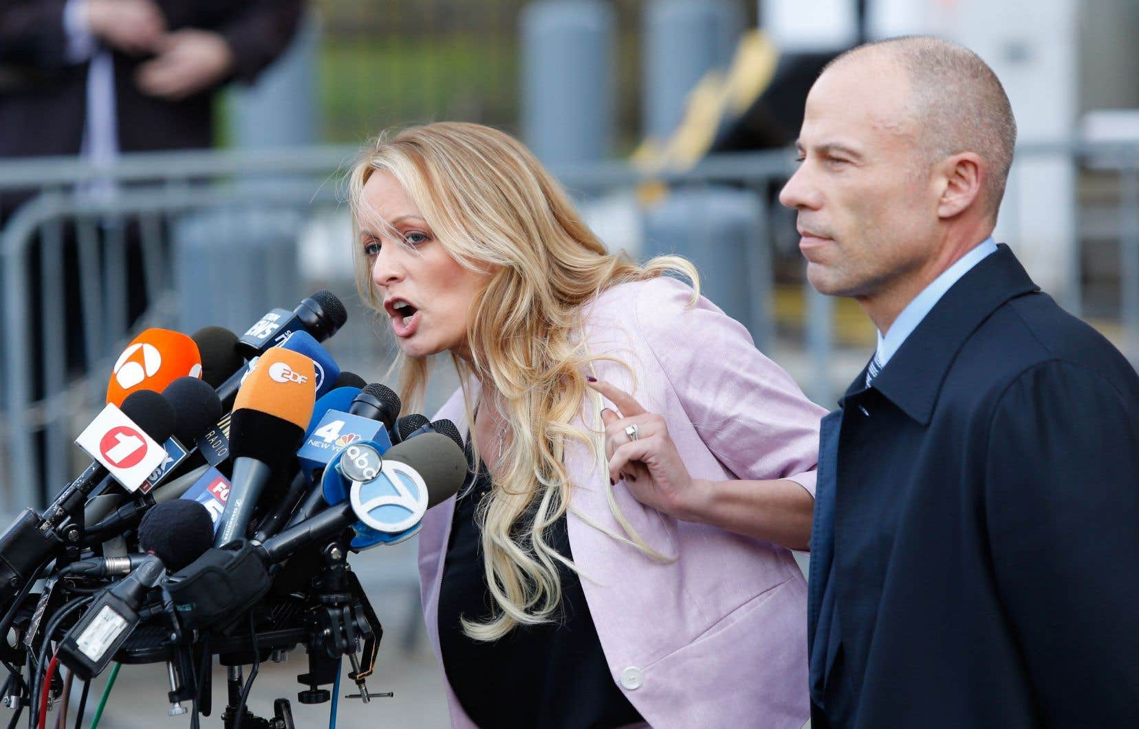 L'actrice Stephanie Clifford, alias Stormy Daniels, et son avocat Michael Avenatti en avril dernier