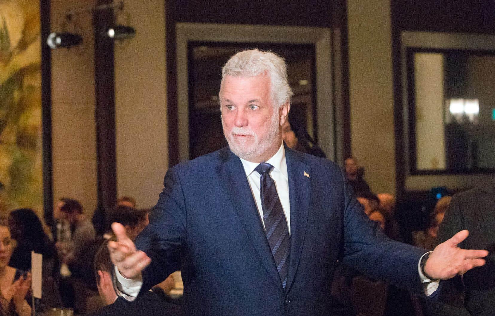Dans un discours à saveur électorale, le premier ministre Philippe Couillard a défendu le bilan de son gouvernement vendredi devant la Chambre de commerce du Montréal métropolitain.