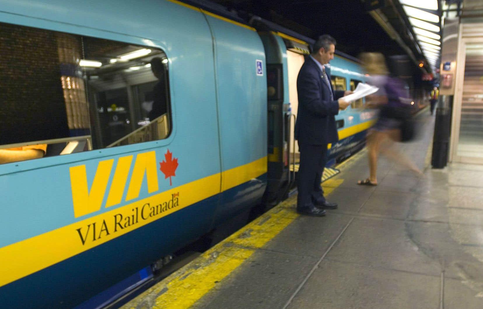 Un train à grande fréquence est l'option privilégiée par la mairesse de Montréal et le maire de Québec.