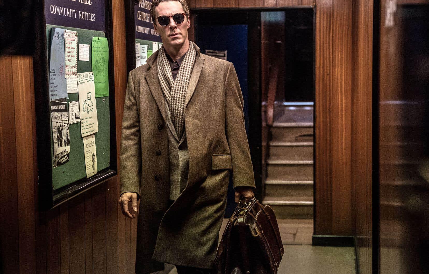 Dans «Patrick Melrose», Benedict Cumberbatchse surpasse une fois de plus avec son interprétation fiévreuse d'un homme de la haute société britannique hanté par le souvenir de son père abusif et par son passé de toxicomane.