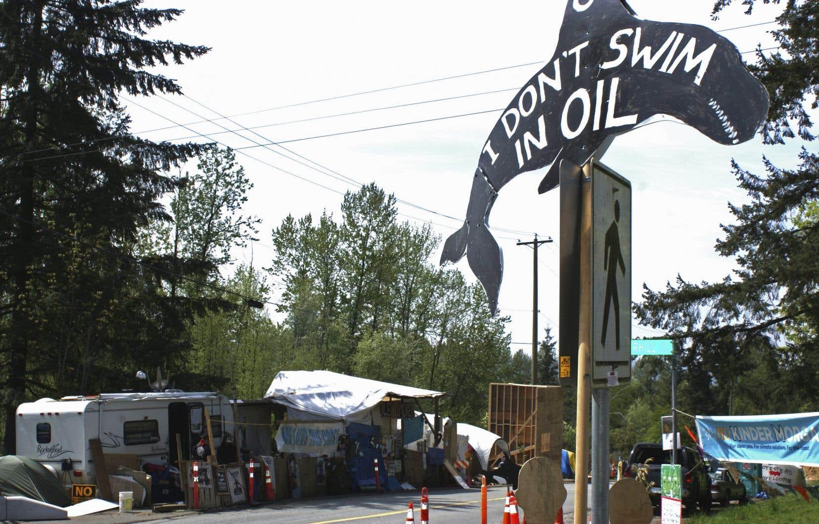 Les membres du regroupement déplorent la volonté du gouvernement de Justin Trudeau de soutenir financièrement la pétrolière texane Kinder Morgan.
