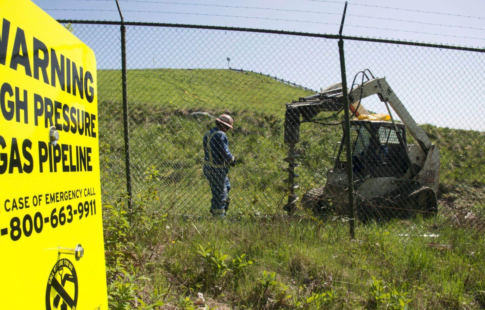 La pétrolière texane Kinder Morgan compte construire un tuyau parallèle à l'oléoduc existant pour en augmenter la capacité.