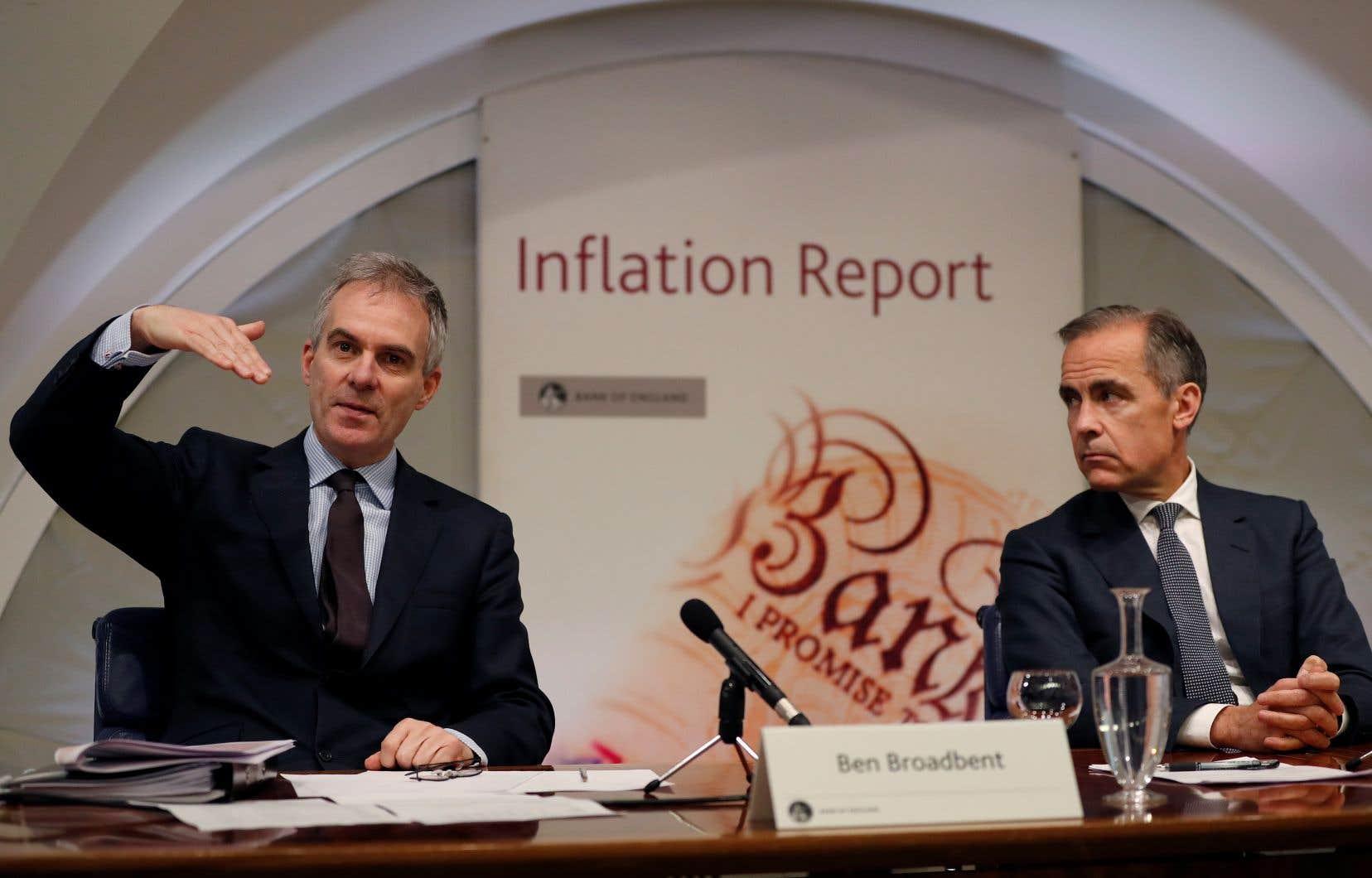 Ben Broadbent (à gauche), aux côtés du gouverneur de la Banque d'Angleterre, Mark Carney