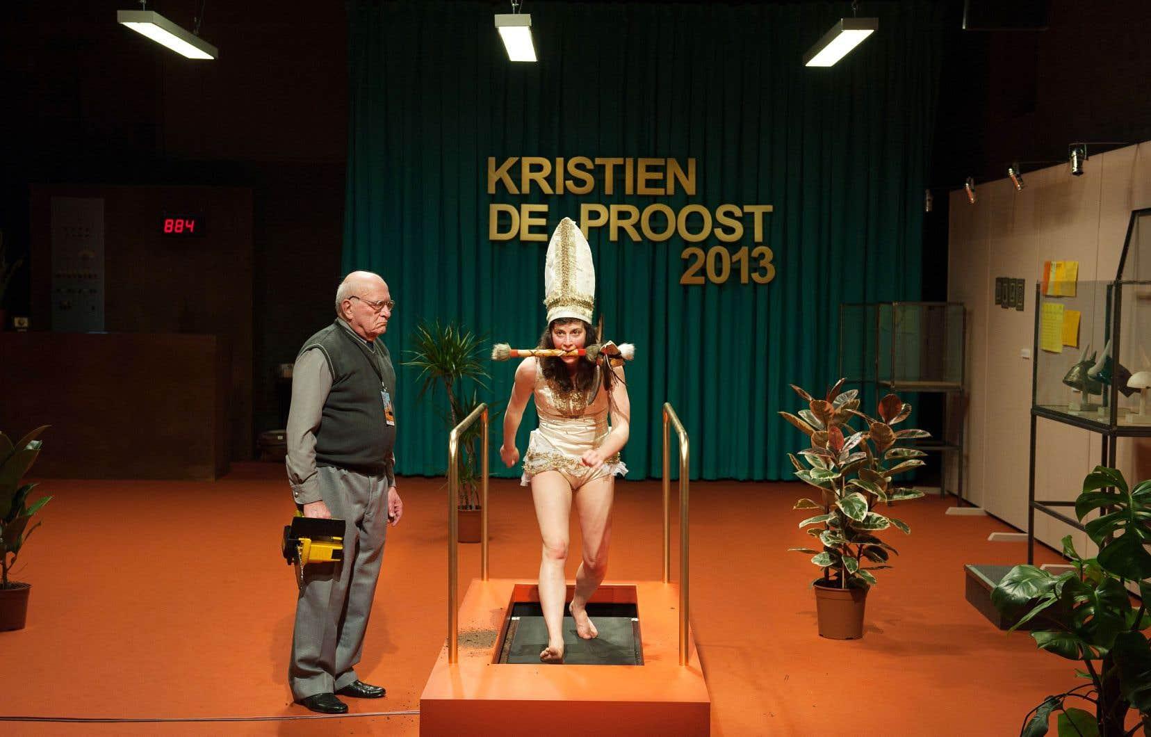 Depuis 2013, Kristien et Mark De Proost sont en tournée ensemble. «Il a septante-huit ans. Il joue bien, il a une bonne présence sur scène», dit la créatrice de son père et complice sur scène.