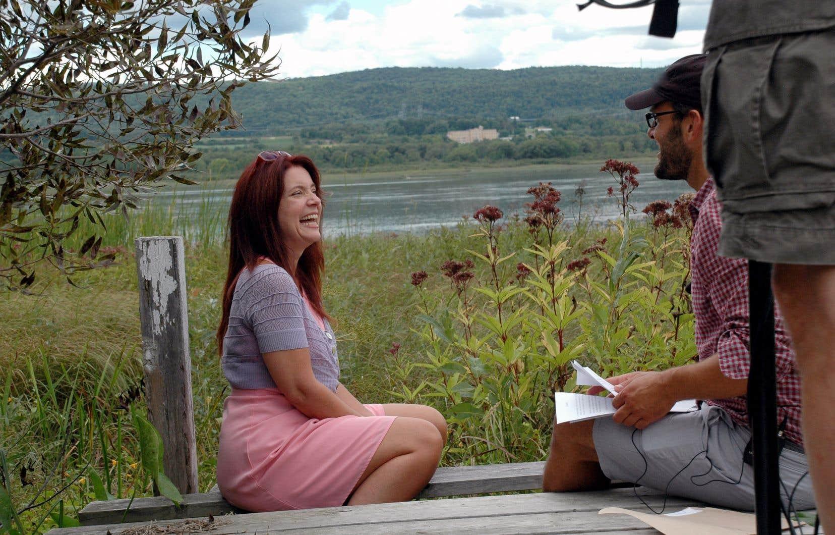 «Il faut se garder une petite gêne si on est tenté de parler pour Félix, parce qu'il est resté complexe et libre jusqu'à la fin», croit Hugo Latulippe, ici en conversation avec Nathalie Leclerc, la fille du monument québécois.