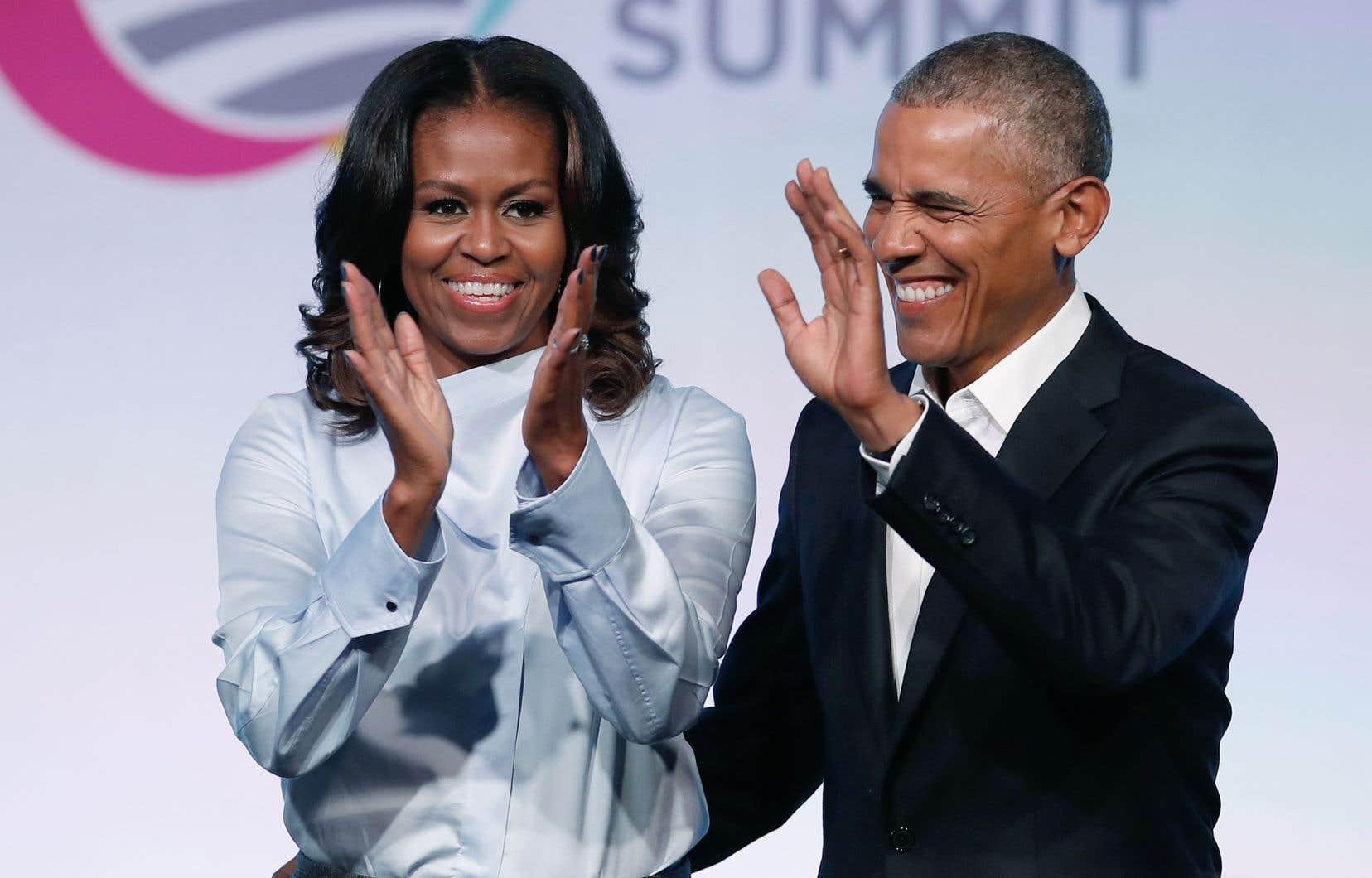 Netflix a conclu une entente avec Barack et Michelle Obama.