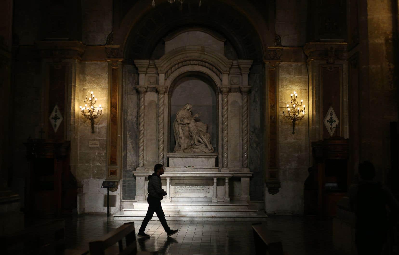 Depuis 2000, quelque 80 prêtres chiliens ont été dénoncés pour abus sexuels.