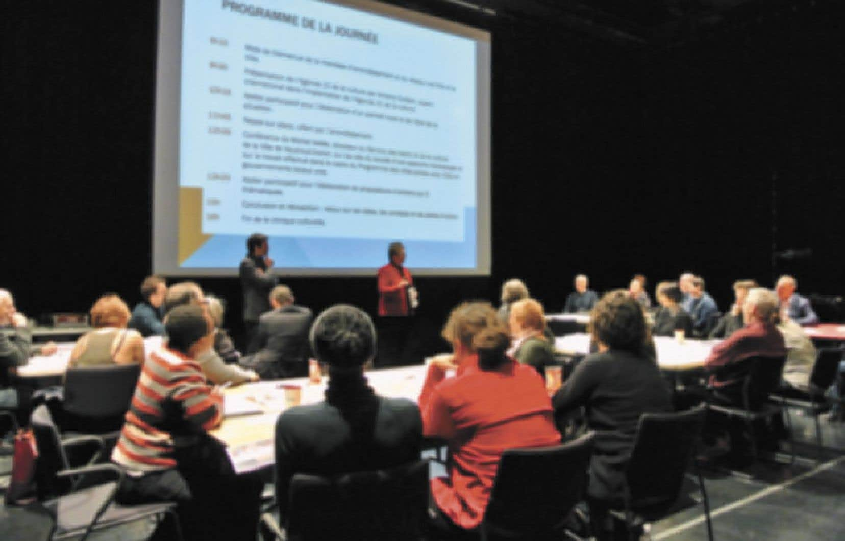 Les cliniques culturelles accompagnent des municipalités ou des arrondissements dans l'implantation de l'Agenda 21 de la culture (A21C) sur son territoire.