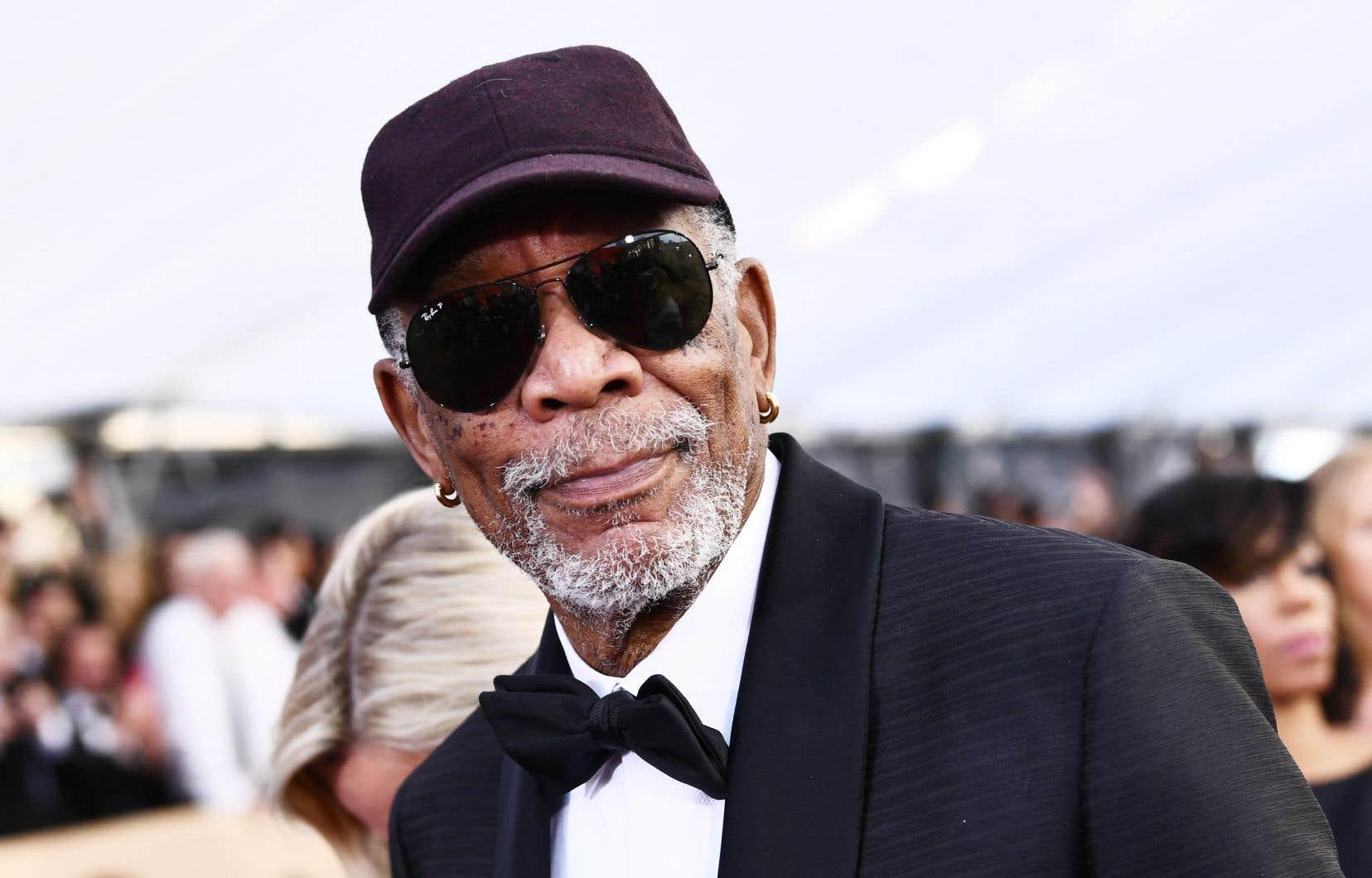 «Quiconque me connaît ou a travaillé avec moi sait que je ne suis pas quelqu'un qui intentionnellement voudrait vexer ou mettre quelqu'un mal à l'aise», a plaidé le comédien Morgan Freeman.