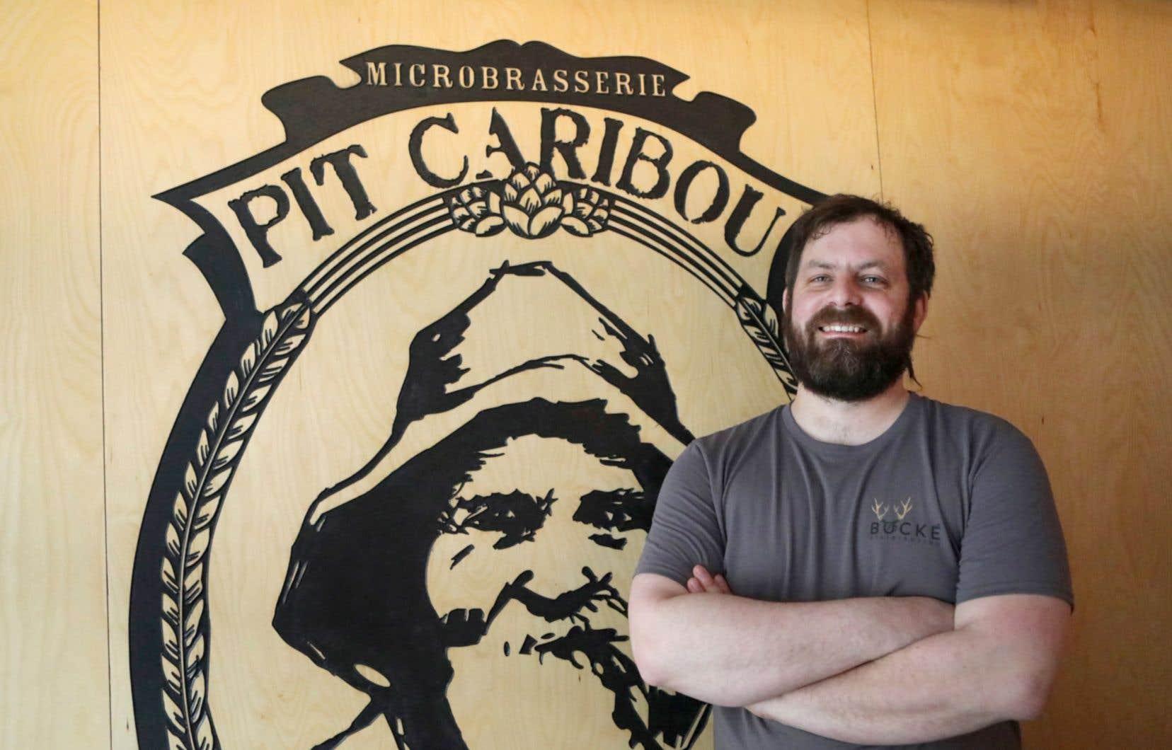 Francis Joncas, cofondateur et copropriétaire de la microbrasserie Pit Caribou, célébrée pour sa créativité et l'audace de ses produits