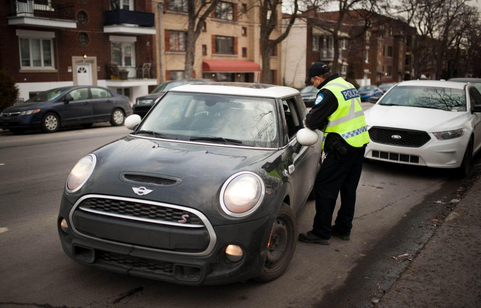Le projet de loi gouvernemental devait permettre aux policiers de faire subir un éthylotest à tout conducteur intercepté pour une autre infraction de la route.