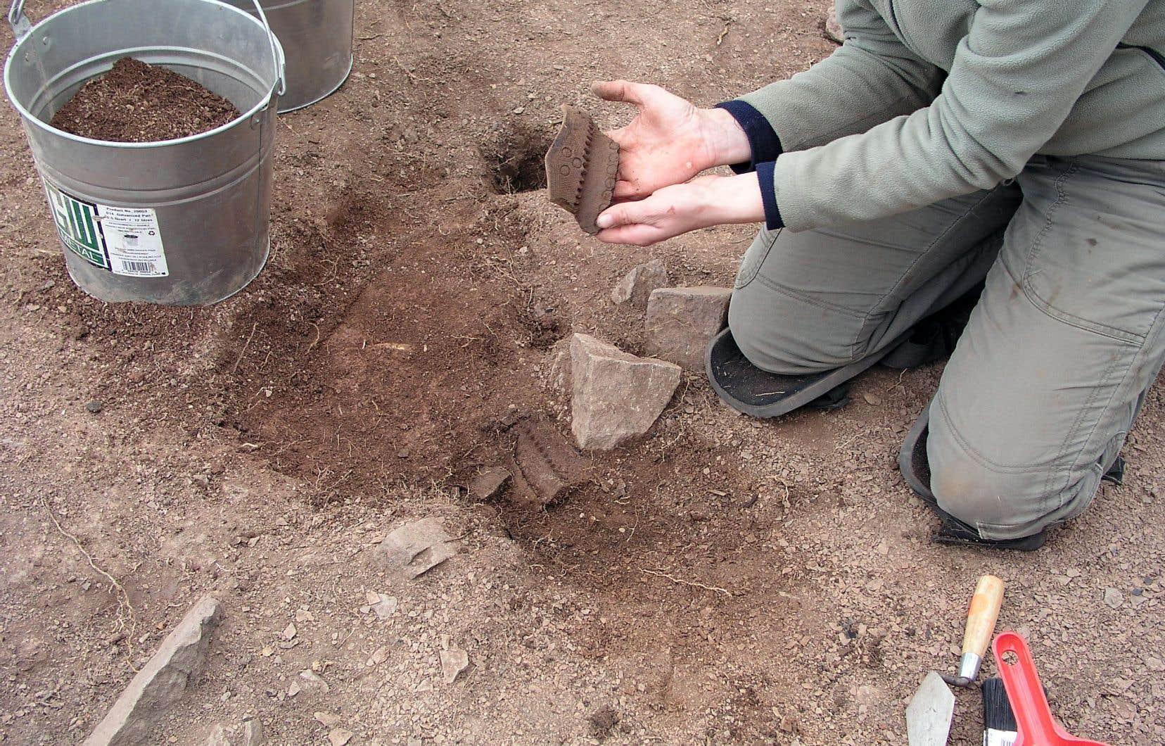 Des fouilles intensives ont eu lieu sur le site entre 2006 et 2008, permettant de récupérer 5000 artefacts.