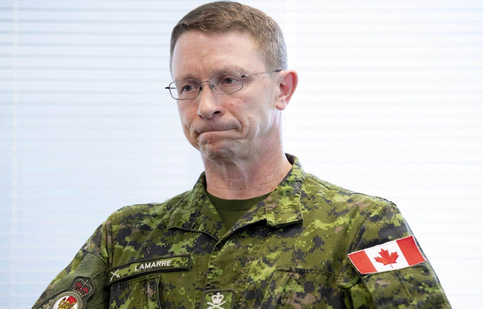 Le bureau du lieutenant-général Lamarre a confirmé que quatre élèves-officiers du Collège militaire royal de Saint-Jean sont accusés d'avoir profané un Coran.