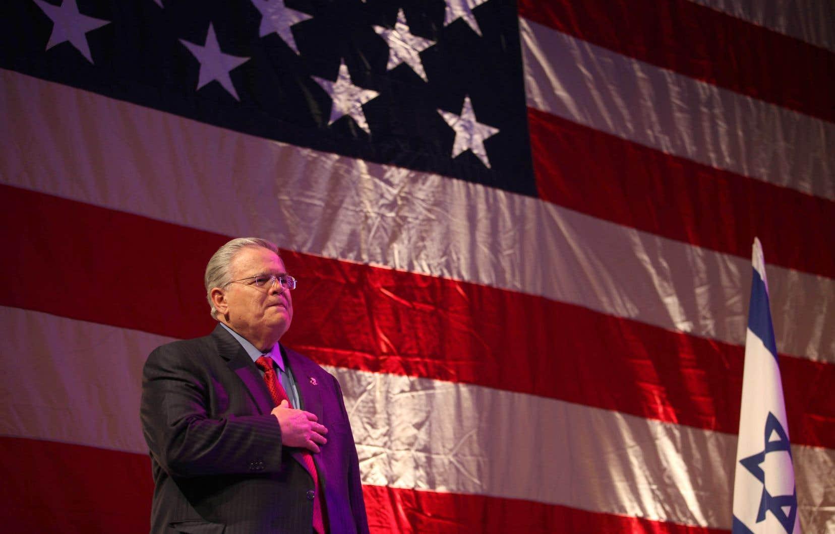 Deux leaders des communautés évangéliques et supporteurs actifs du président Trump durant la dernière élection, Robert Jeffres et John Hagee (notre photo), ont été invités par l'ambassadeur des États-Unis en Israël, David Friedman, à prononcer les discours d'ouverture et de fermeture lors de la cérémonie d'inauguration de la nouvelle ambassade américaine à Jérusalem.
