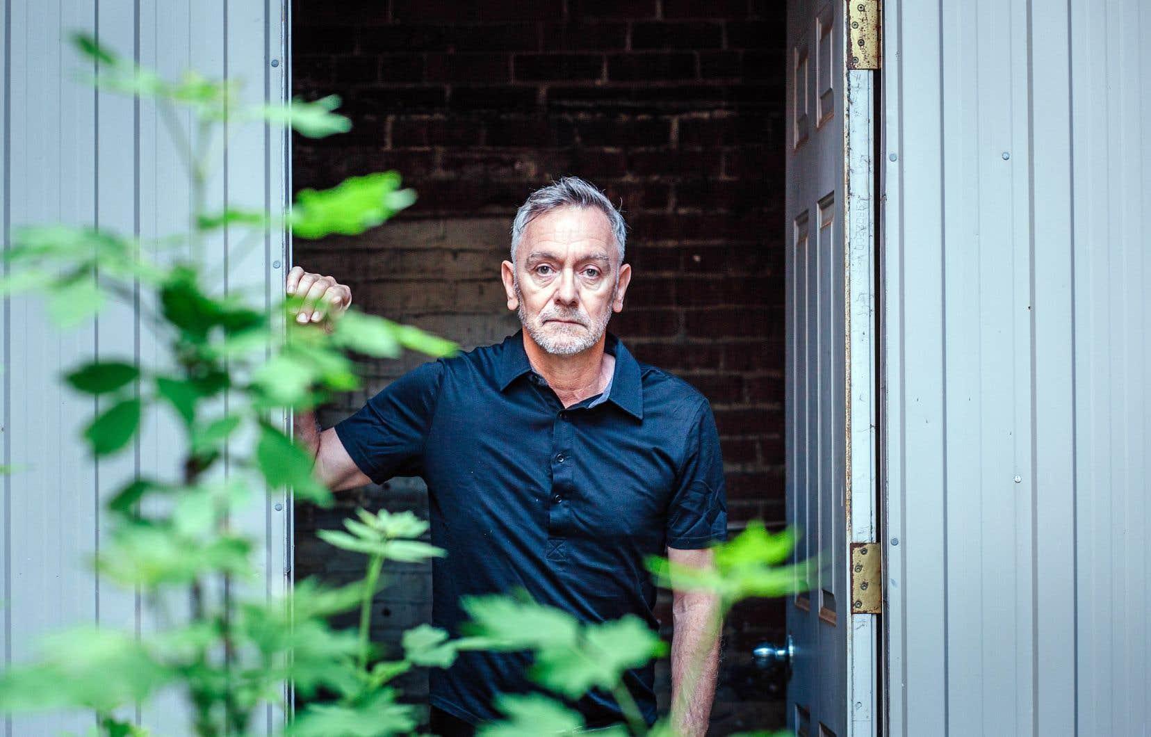 Le dramaturge Michel Marc Bouchard salue l'audace du metteur en scène Rodrigo Portella.