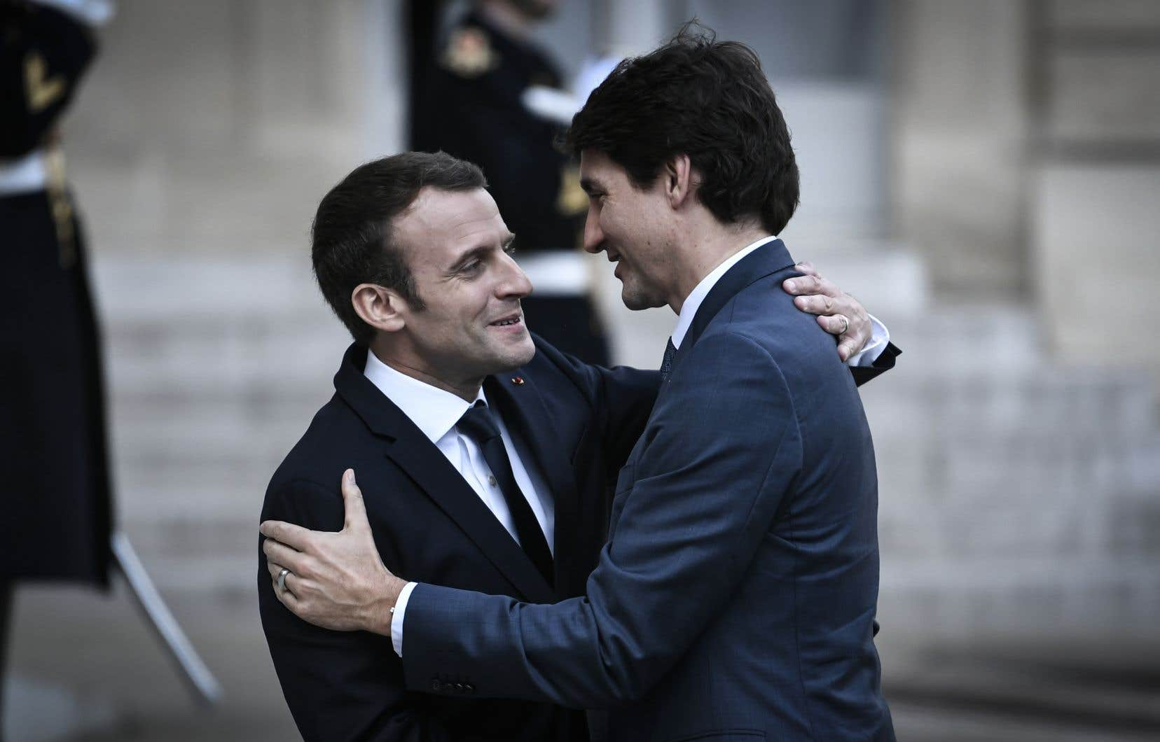 Emmanuel Macron et Justin Trudeau doivent se rencontrer à Ottawa la semaine prochaine pour discuter de stratégie avant l'ouverture du sommet du G7.