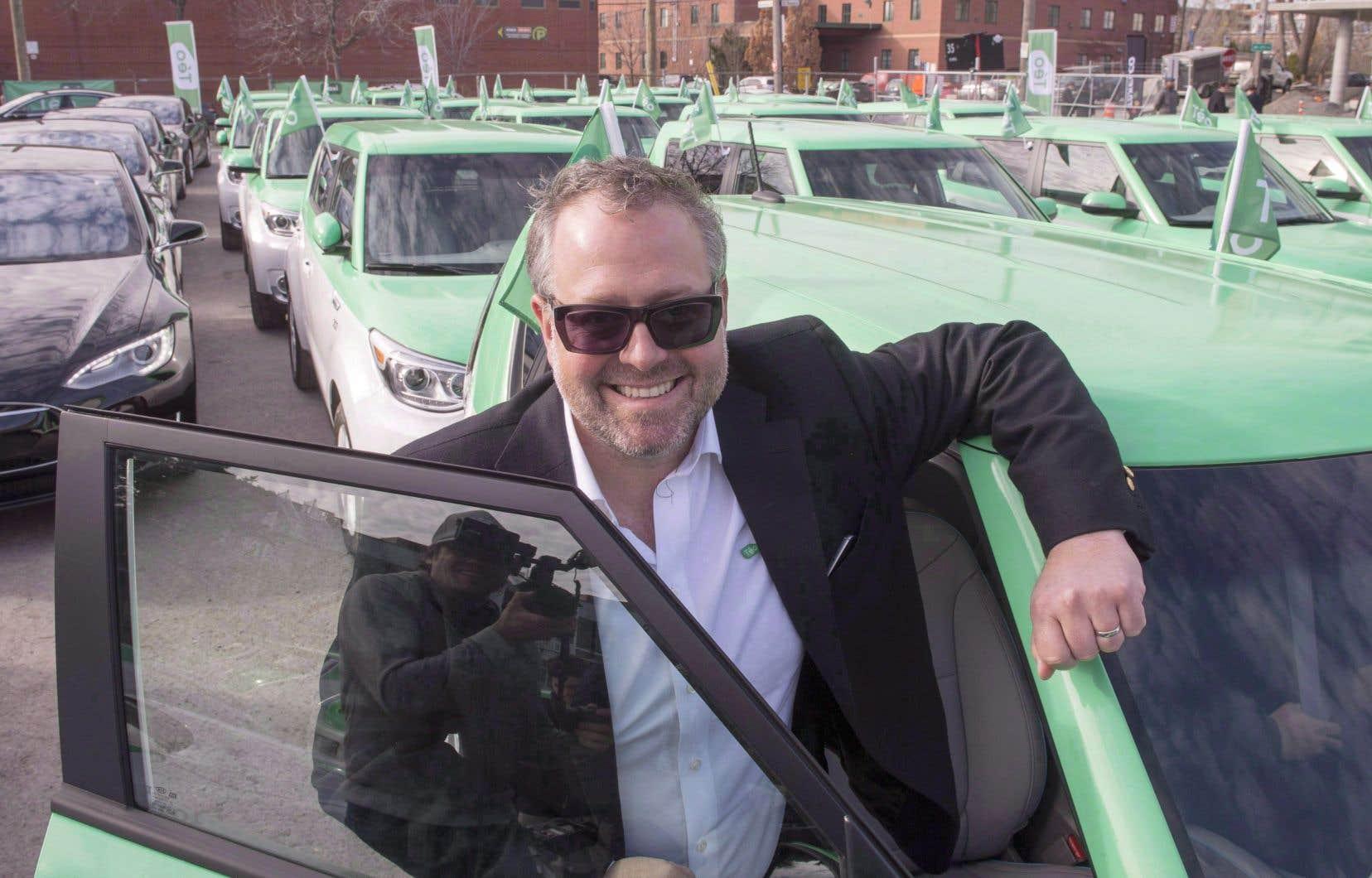 Le président de campagne du Parti libéral du Québec, Alexandre Taillefer, a obtenu deux prêts totalisant 4 millions de dollars pour son entreprise Téo Taxi quelques mois avant de se joindre à l'équipe libérale.