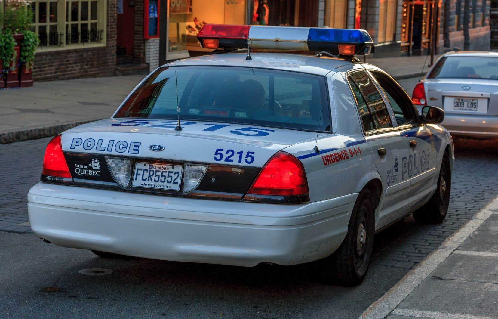 Selon le maire Labeaume, la répartition des forces policières sur le territoire est plus importante que le lieu où se trouve le poste.