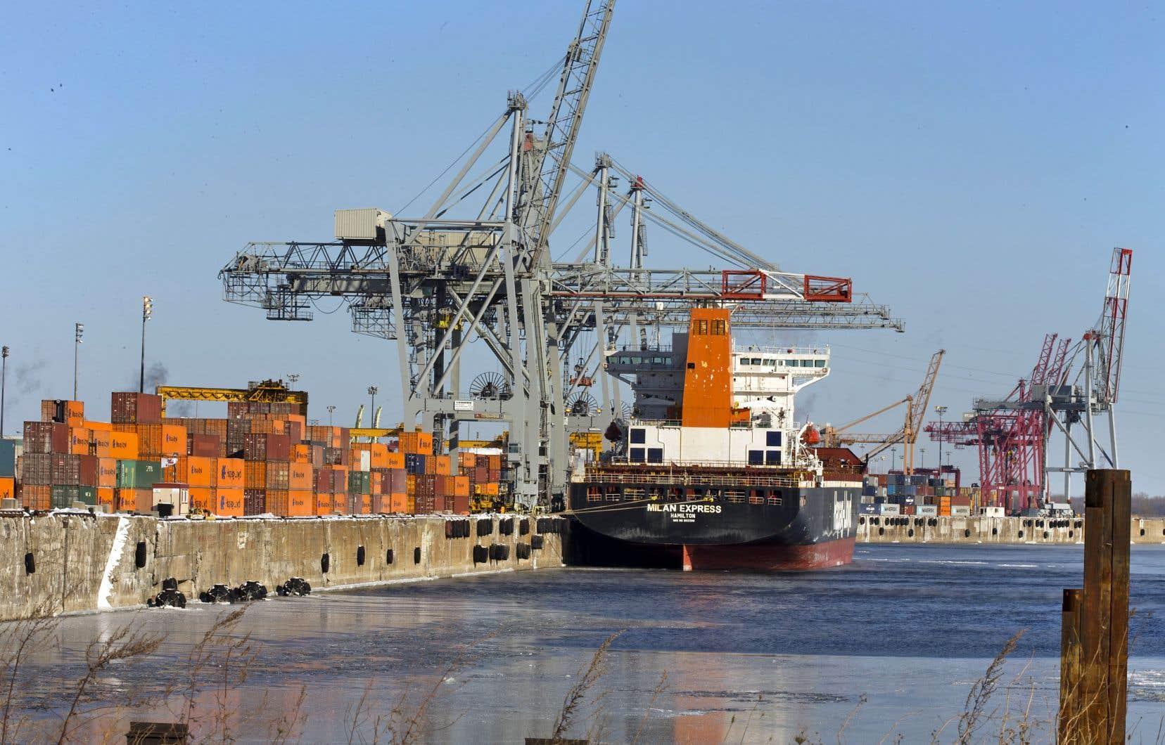 Le Port de Montréal prévoit de construire un terminal d'une capacité de un million et demi de conteneurs par année à Contrecœur.