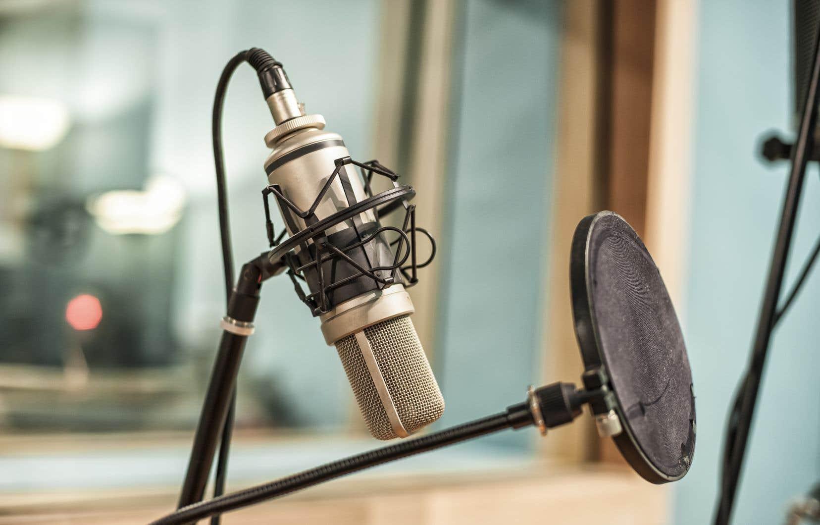 Outre le 98,5 FM, CKOI, Énergie, Ici Musique et Radio Circulation ont perdu des plumes.