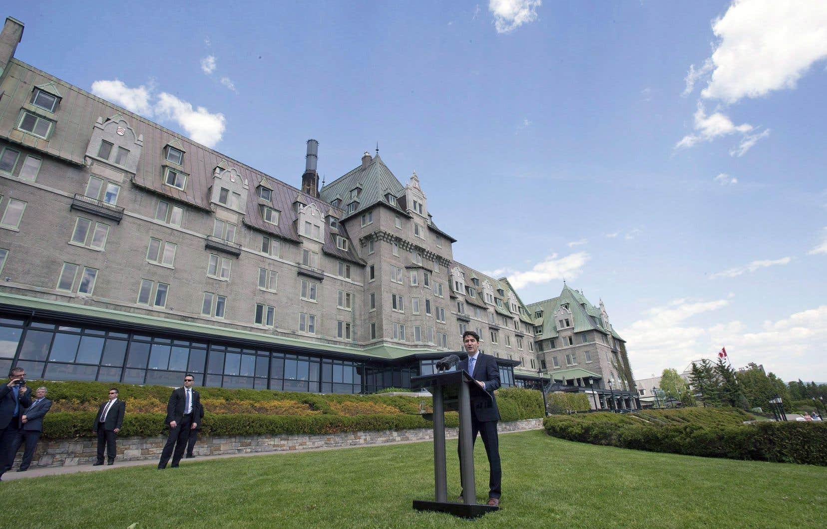 Dans un communiqué officiel, Justin Trudeau explique avoir choisi Charlevoix pour «l'accueil chaleureux de ses gens».
