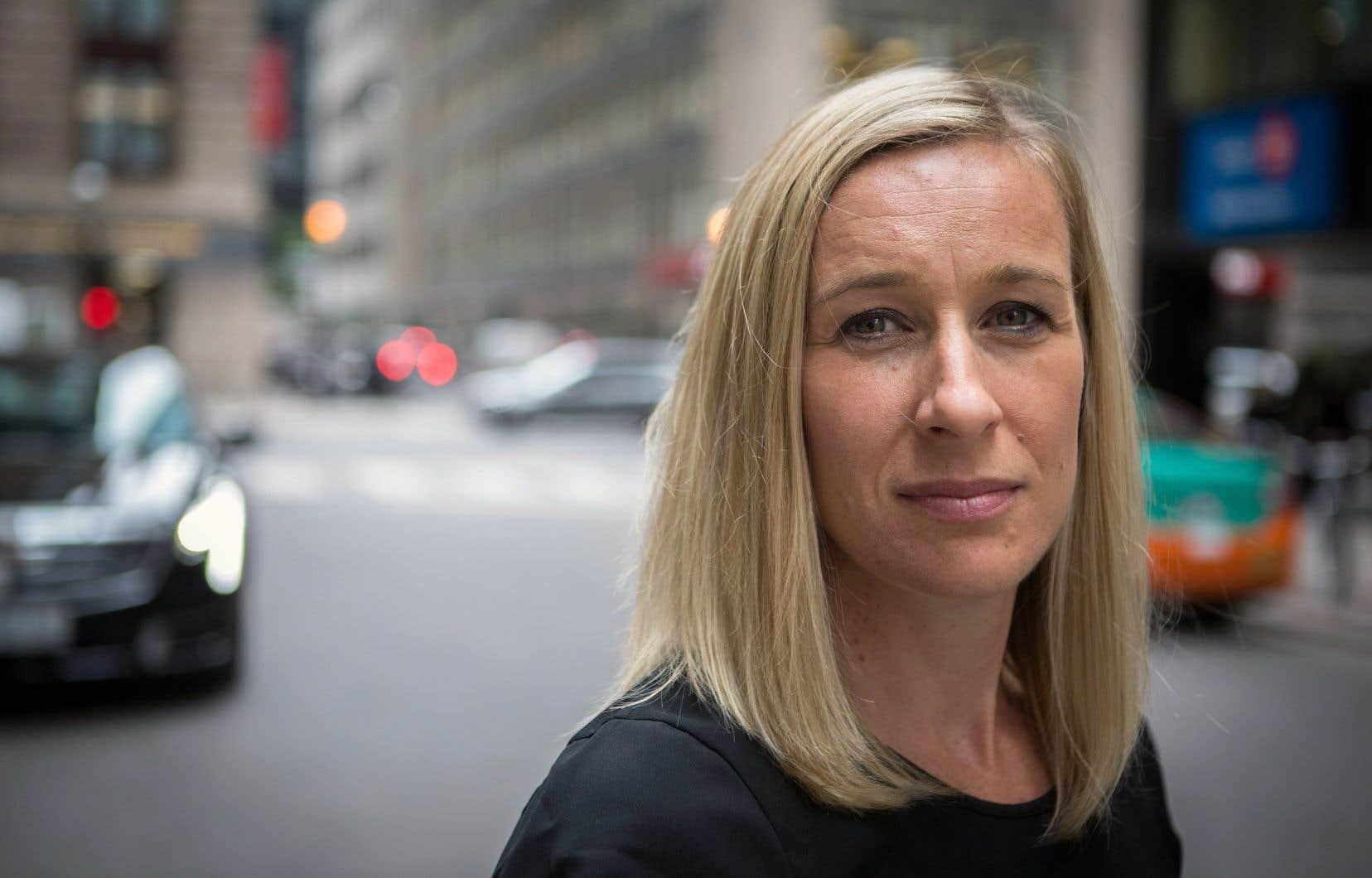 Allison Forsythaffirme qu'elle a été encouragée à garder le silence.