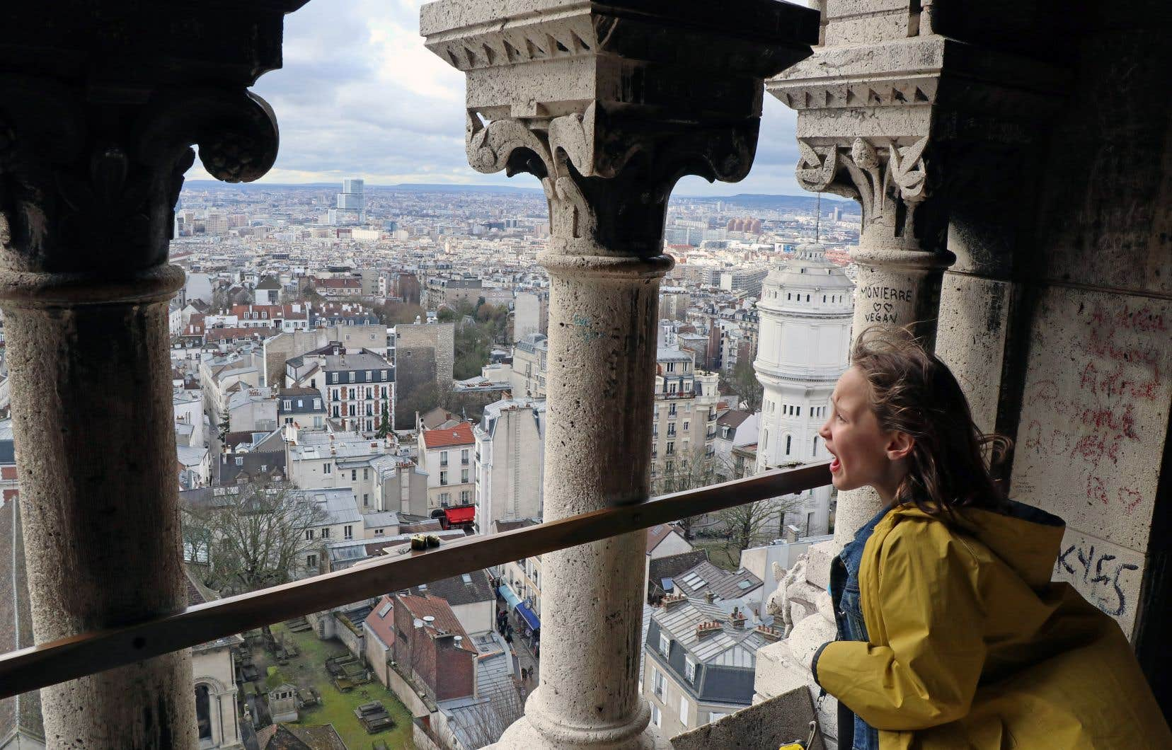 Voir la tour Eiffel pour la première fois, en vrai, de loin...