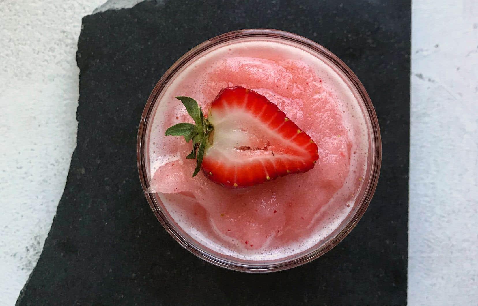 Ce cocktail saura vous rafraîchir lors d'une chaude journée d'été.